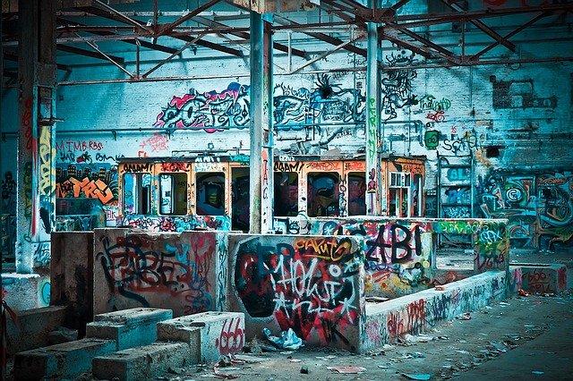 wyburzanie budynków